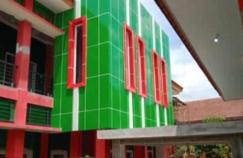 Harga Jasa Pasang ACP Surabaya